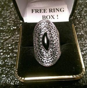 Jewelry - Tibet Silver Ring-Oval Gemstone-Size 7